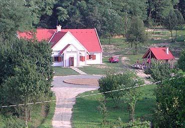 Katica Tanya Turistaház Turistaház